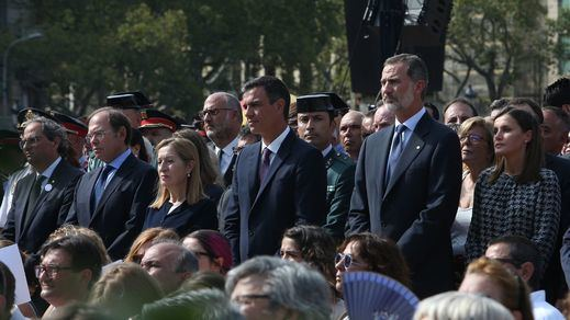 La 'cara' política del primer aniversario de los atentados del 17-A
