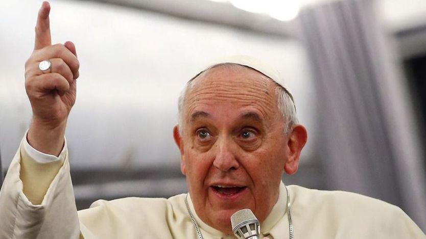 El lío del Papa con los homosexuales al aconsejar ayuda psiquiátrica