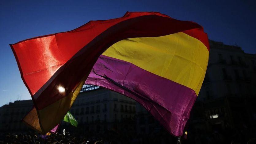 La errónea creencia de que el himno de Riego fue oficial en la Segunda República española