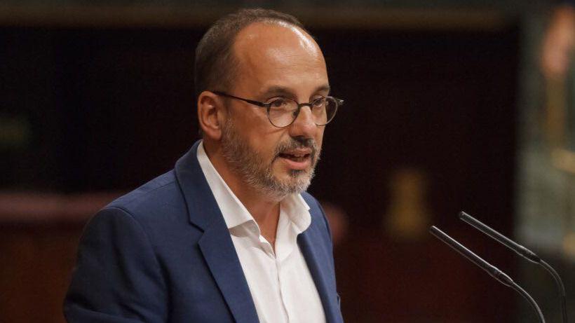El PDeCAT se niega a subir impuestos a las rentas altas, como pide Podemos al Gobierno