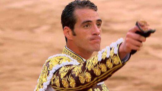 Albacete: puerta grande (excesiva) para Pepe Moral y oreja para Sergio Serrano
