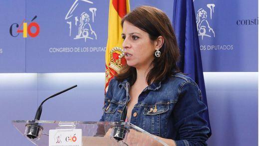Lluvia de críticas a Adriana Lastra por sus declaraciones sobre el plagio de Sánchez