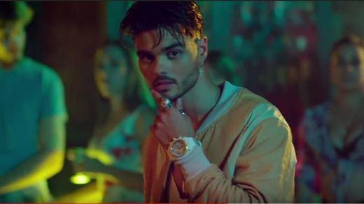 Abraham Mateo se lanza 'a cámara lenta' en el primer single de su nuevo disco