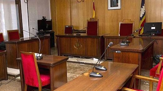 Discusiones en los Pasillos de los Juzgados