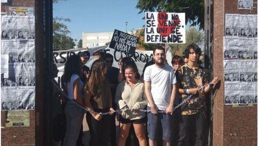 Los estudiantes de la Rey Juan Carlos piden la dimisión del rector por el escándalo de los másteres