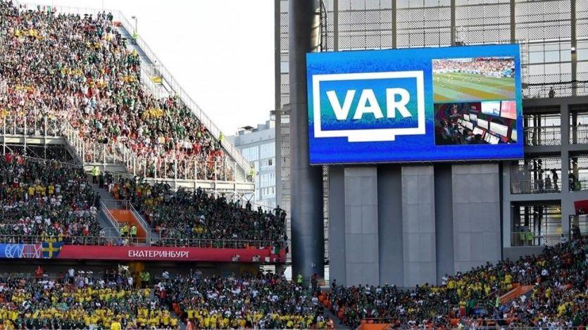 La UEFA también 'se rinde' al VAR de cara a la próxima Champions