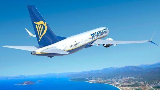 Estos son los 64 vuelos cancelados en España por la huelga de Ryanair