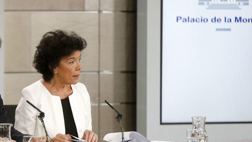 El rapapolvo del Gobierno a PP y C's por su 'brutal campaña de acoso'