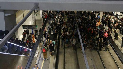 Los radicales de los CDR generan el caos en el primer aniversario del 1 de octubre