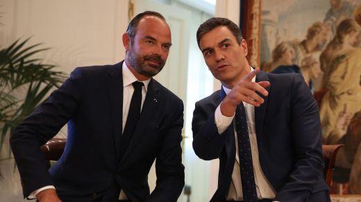 Gobiernos francés y español celebraron el fin de ETA bajo el boicot del PP