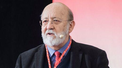 Acusan al sociólogo Tezanos de endulzar el último CIS para el PSOE