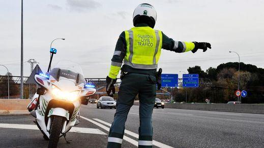 La equiparación salarial de policías y guardias civiles será efectiva este mes