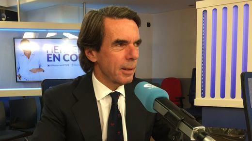 Aznar no acusa directamente a Rajoy, pero se queja del PP que hereda Casado