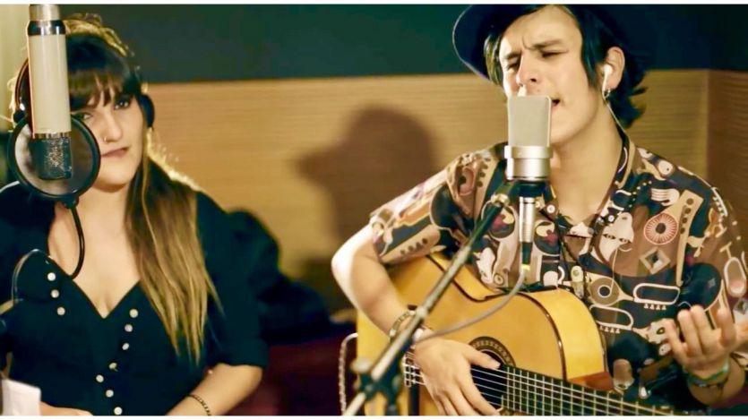 El ídolo colombiano nos visita para cantarnos sus 'Lunas de amor' (vídeo)