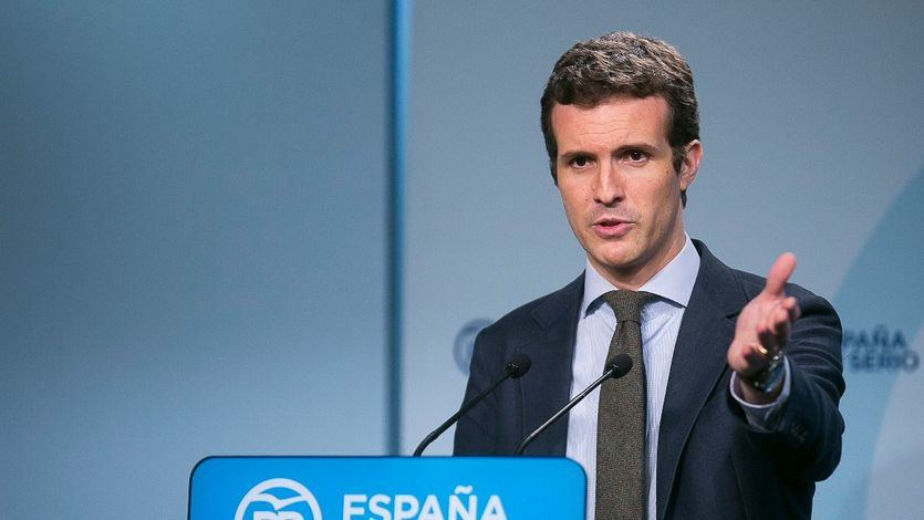 Casado sale en defensa de la ex ministra Tejerina tras sus polémicas palabras sobre los niños andaluces