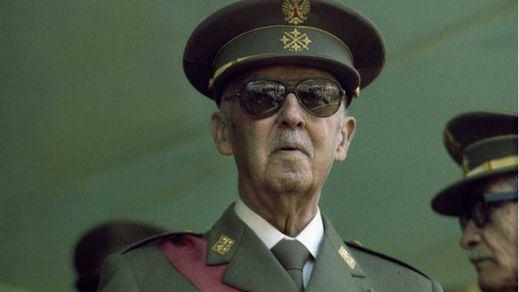 Ferrol estudia expropiar un panteón a la familia Franco