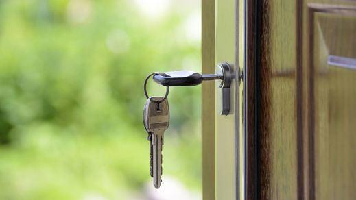 La asociación de la banca insinúa que los clientes pagarán los platos rotos del impuesto de las hipotecas