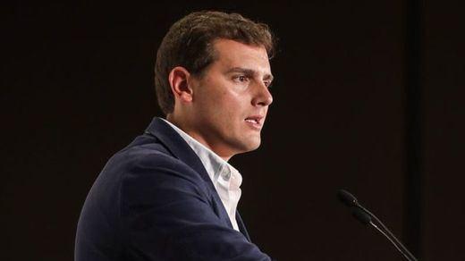 Rivera aclara que aunque retire el veto parlamentario al Gobierno, impedirá sus presupuestos