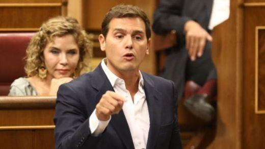 Rivera exige a Sánchez que aclare si dará el indulto a los presos independentistas