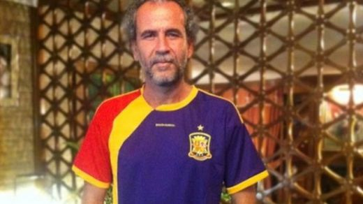 VOX se querella contra Willy Toledo por incitar a combatirles