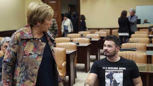 El encontronazo entre Villalobos y Rufián en la comisión que investiga la financiación ilegal del PP