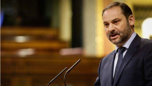 El 'recadito' de Ábalos a la familia Franco ante la exhumación del dictador