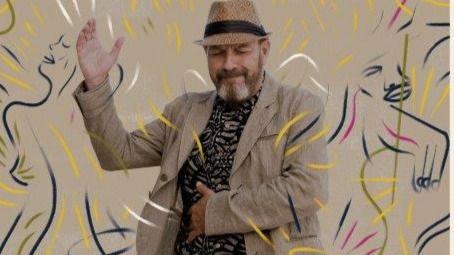 El polifacético Javier Ruibal se supera con sus 'Paraísos mejores' (vídeos con entrevista y canción en directo)