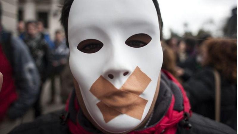 La 'ley mordaza' impuso 80 multas diarias contra la libertad de expresión