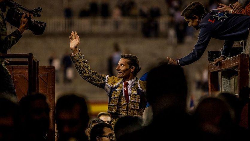 Salida a hombros de Las Ventas de Diego Urdiales el pasado 7 de octubre
