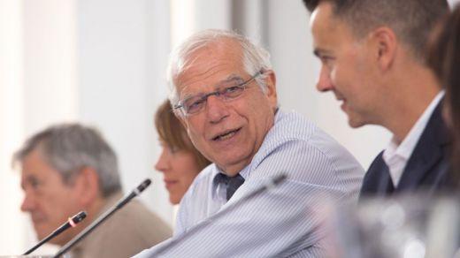 Borrell podría salir del Gobierno para ser candidato en las elecciones europeas