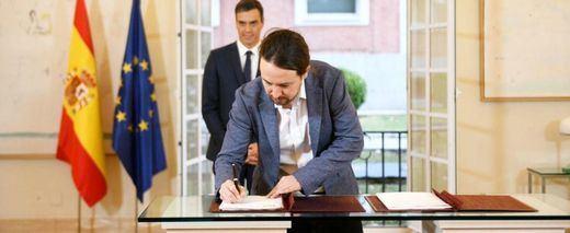 El Gobierno garantiza un salario mínimo de 900 euros, con o sin acuerdo de Presupuestos
