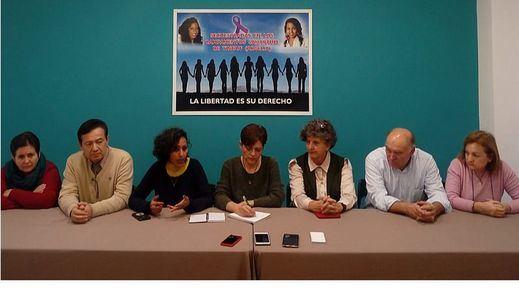 Las familias de las mujeres secuestradas en los campamentos saharauis denuncian la utilización de Maloma y Koria como 'armas de guerra'