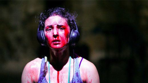'Tratando de hacer una obra que cambie el mundo': una parodia crítica y autocrítica de La Resentida sobre el papel del teatro en la sociedad