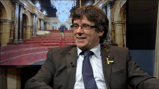 El Parlament de Cataluña intenta una nueva vía para investir a Puigdemont a distancia