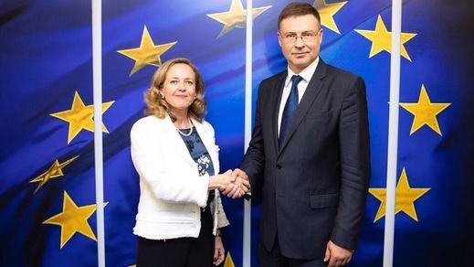 Tirón de orejas de Bruselas al Gobierno, que avisa de incumplimiento de los Presupuestos