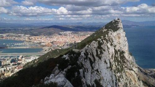 España y el Reino Unido llegan a un principio de acuerdo sobre Gibraltar, pero aún no se levanta el veto al Brexit