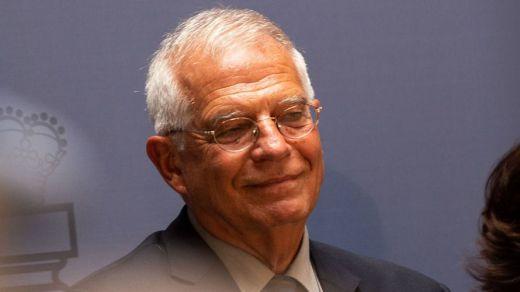 El Gobierno se moja con el escupitajo a Borrell: no cuestionará la palabra de su ministro