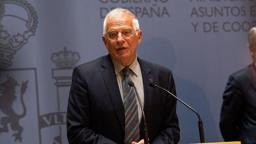 El Gobierno cierra filas con las explicaciones de Borrell
