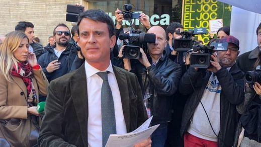 'Vete a Francia, perro': el escrache a Manuel Valls en Barcelona