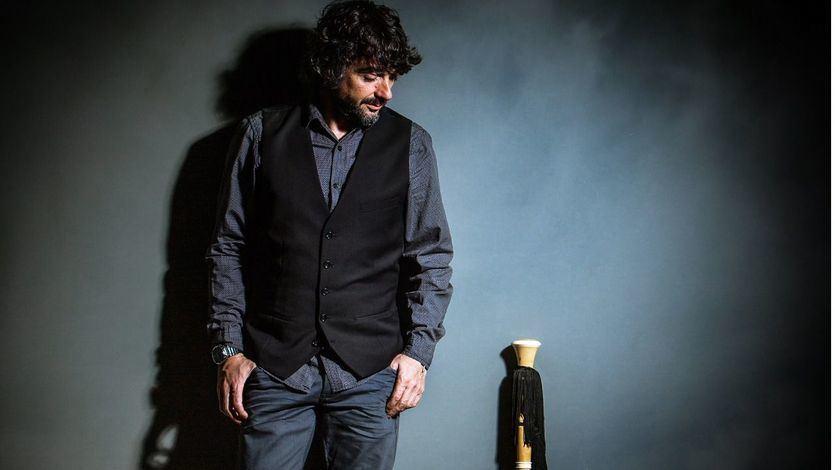 Tejedor, el más tradicional e innovador gaitero, presenta 'Miraes', su nuevo y original álbum