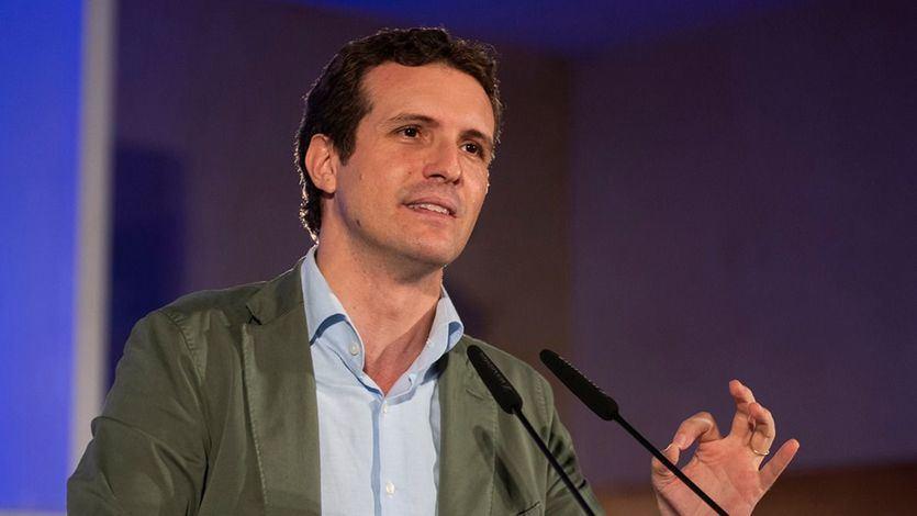 Casado reprocha a Sánchez que pretenda reformar la Constitución con 84 diputados