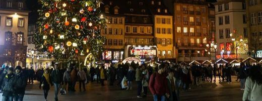 Mercadillo navideño de la plaza Kléber en Strasbourg