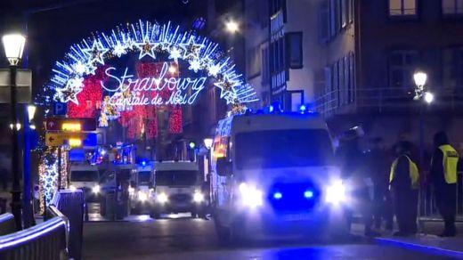 El autor del tiroteo mortal de Estrasburgo sigue huido: ya son 3 los fallecidos