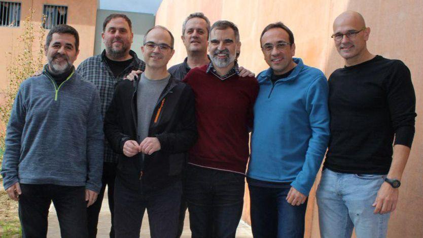 El Constitucional mantiene la inhabilitación política de Junqueras, Turull, Jordi Sánchez, Rull y Romeva