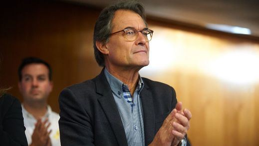 El Supremo rebaja la condena a Artur Mas por desobediencia al convocar la consulta soberanista