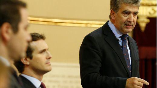 El PP lleva al Senado los toros, la caza, Cataluña y la inmigración en plena 'competición' con Vox