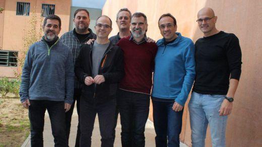 Los ex presidentes catalanes piden el fin de la huelga de hambre de los presos independentistas