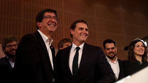 Ciudadanos recela de la compañía de los ultras de Vox y podría rechazar estar en el nuevo gobierno andaluz