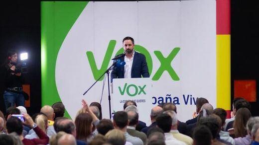 Vox critica el acuerdo PP-Ciudadanos en Andalucía que le dejaría sin 'pastel'