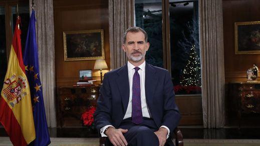 Análisis del mensaje navideño del Rey: Felipe VI se acercó al Gobierno socialista y aparcó la línea más política